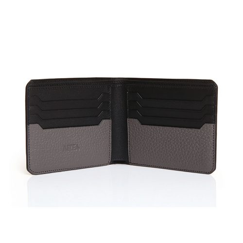 Wallet with 8 credit cards in taurillon